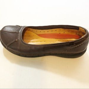 Clark's unstructured Brown Leather Slip On loafers